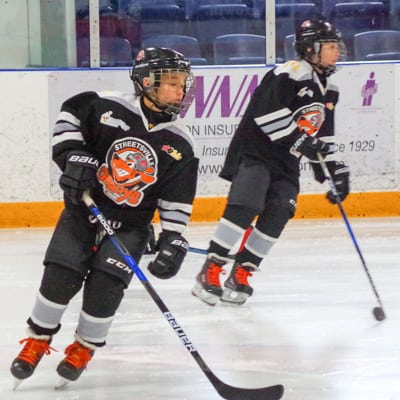 Two STreetsville Derbys hockey players